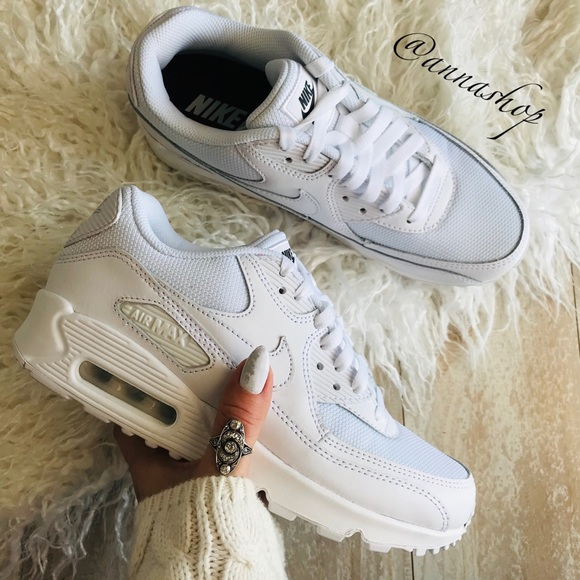 NWT Nike ID Custom Air Max 90 Triple White NWT